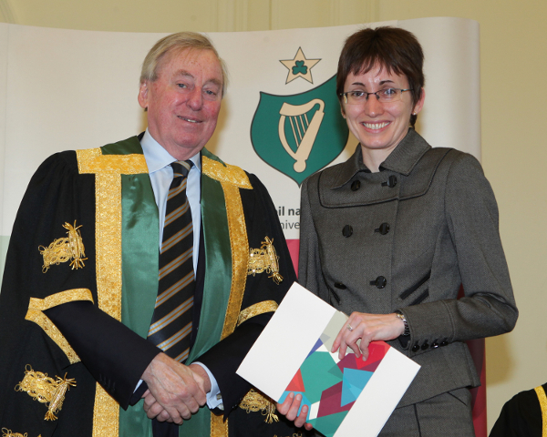 Sarah receiving her NUI Travelling Studentship award from NUI Chancellor, Dr Maurice Manning at the 2016 NUI Awards Ceremony